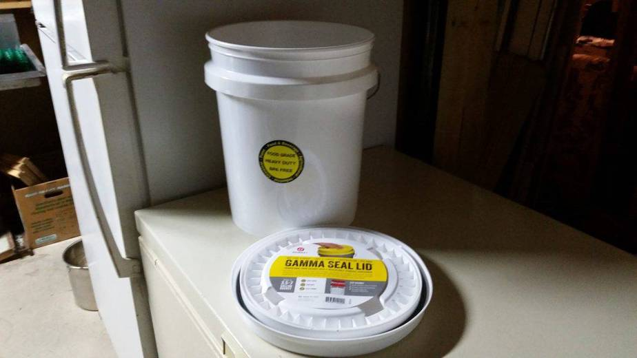 Food Grade Buckets and Lids - Check Lowes